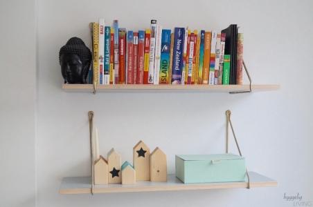 weihnachtsdeko in grau gr n hyggelig living. Black Bedroom Furniture Sets. Home Design Ideas