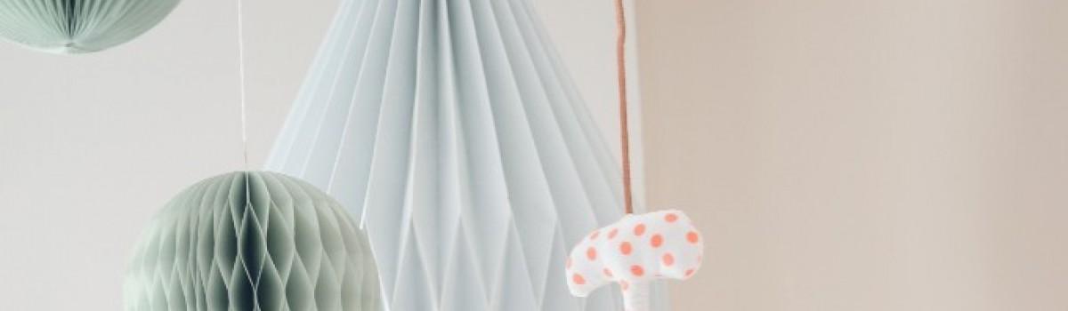Ein Kinderzimmer-Traum für kleine Jungs in grau, beige und blau