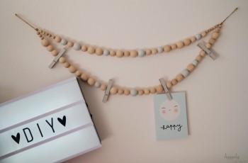 DIY – Memoboard / Fotoleine und Küchenrollenhalterung aus Holzkugeln